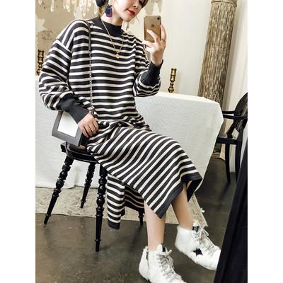 七彩亦酷 半高圆领条纹 针织连衣裙 69.9元包邮